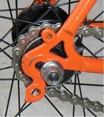 derailleur hanger integrated in the frame