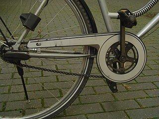http://upload.wikimedia.org/wikipedia/commons/thumb/6/69/Bike_chain_guard_part.JPG/320px-Bike_chain_guard_part.JPG